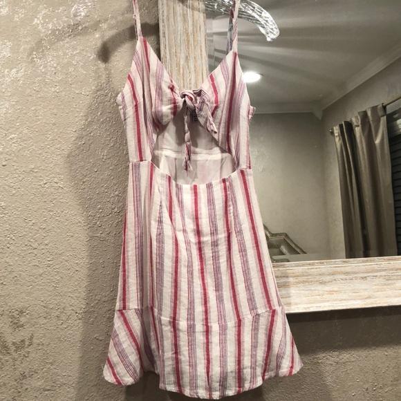 Tobi Dresses & Skirts - TOBI RED AND WHITE STRIPPED TIE KNOT MINI DRESS